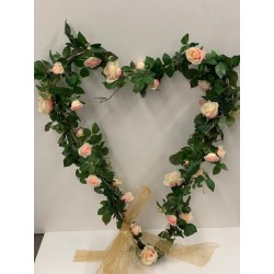 HEQ10- Embellished love heart display FOR HIRE