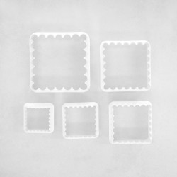 Plastic Plain/Scalloped Square  Cookie Cutters